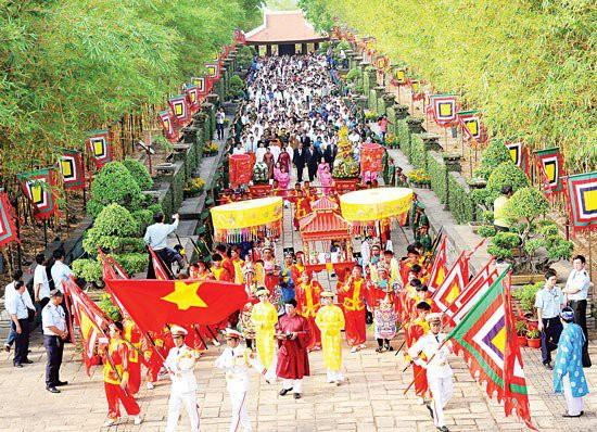 Phú Thọ: Sẵn sàng cho ngày khai hội Giỗ Tổ Hùng Vương - Lễ hội Đền Hùng 2019 - Ảnh 1.