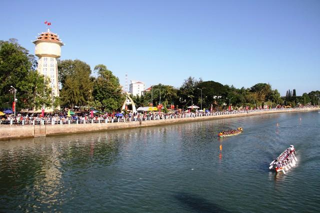 Du lịch Bình Thuận sôi động trong quý I năm 2019 - Ảnh 1.