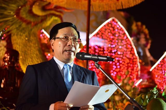 Đại lễ Hoa đăng cầu nguyện hòa bình thế giới tại Vesak 2019 - Ảnh 1.