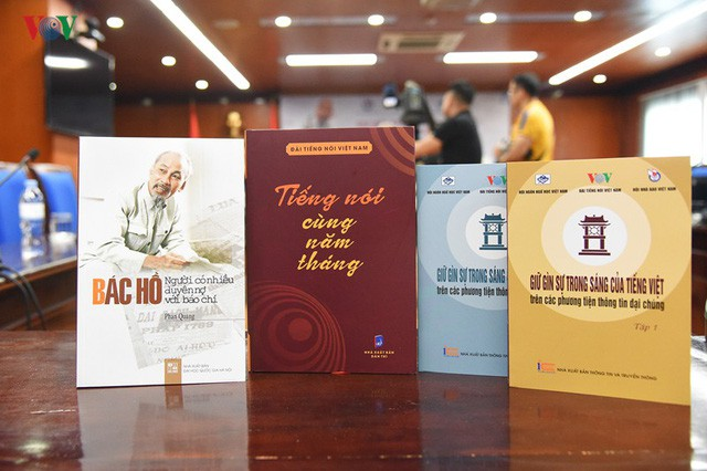 Ra mắt 3 tác phẩm về Bác Hồ và báo chí - Ảnh 1.