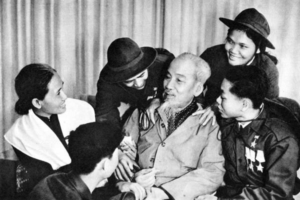 Di chúc của Chủ tịch Hồ Chí Minh: Bài học sáng soi cho Đảng cách mạng - Ảnh 1.