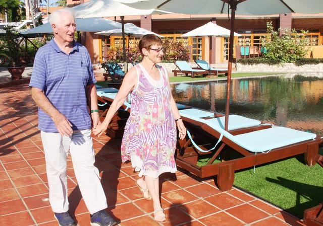 Bình Thuận đón gần 73.800 lượt khách nghỉ lễ 30/4 và 1/5 - Ảnh 1.
