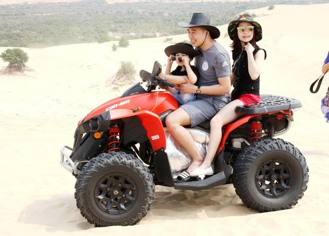 Bình Thuận đón gần 73.800 lượt khách nghỉ lễ 30/4 và 1/5 - Ảnh 2.