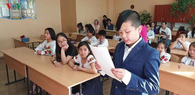 Đong đầy ý nghĩa cuộc thi Olympic tiếng Việt đầu tiên tại Kiev  - Ảnh 2.