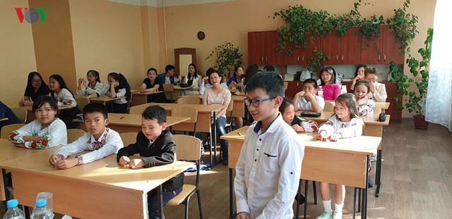 Đong đầy ý nghĩa cuộc thi Olympic tiếng Việt đầu tiên tại Kiev  - Ảnh 3.
