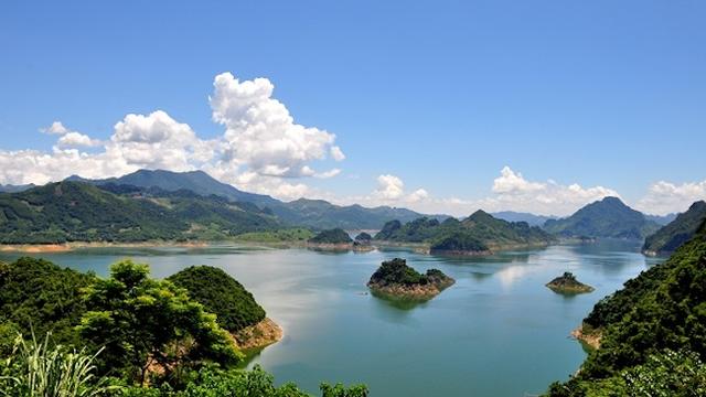 Cuộc thi Ảnh đẹp quảng bá khu du lịch hồ Hòa Bình - Ảnh 1.