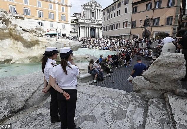Một số quy định mới đối với du khách khi đến Rome - Ảnh 1.