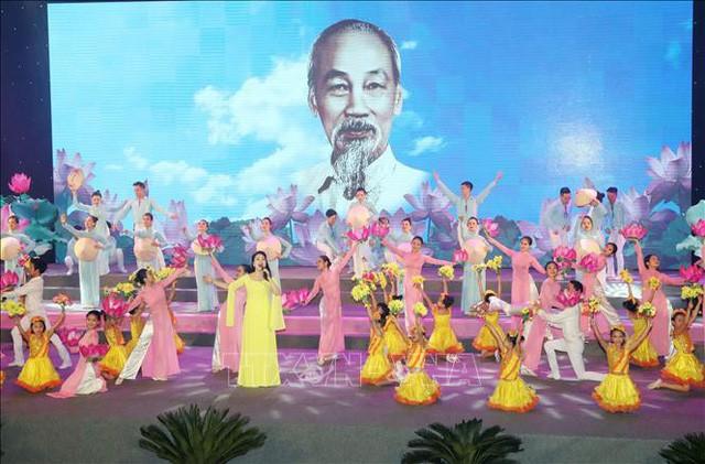 Tổ chức nhiều hoạt động tuyên truyền 50 năm thực hiện Di chúc Chủ tịch Hồ Chí Minh tại Bạc Liêu - Ảnh 1.