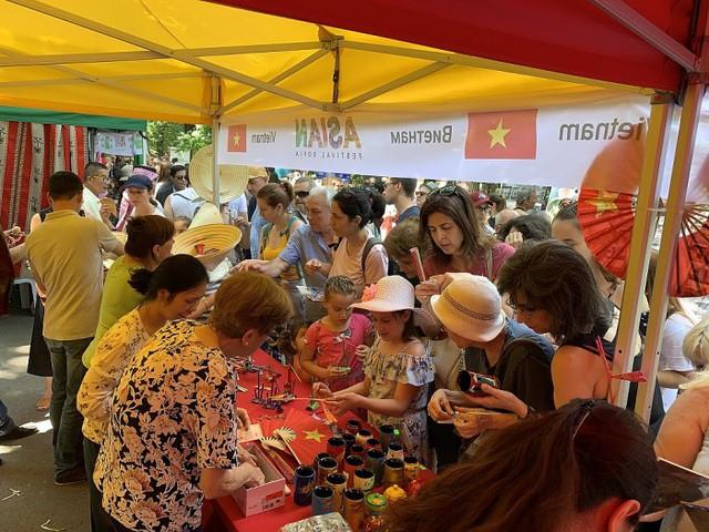 """Ấn tượng Festival Asian """"Kỳ diệu phương Đông"""" tại Bulgaria - Ảnh 2."""