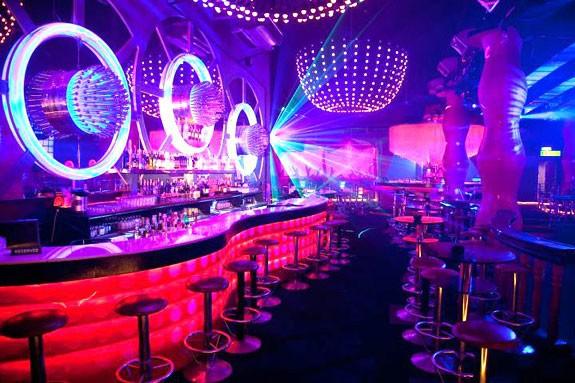 Chính phủ ban hành Nghị định quy định về kinh doanh dịch vụ karaoke, vũ trường