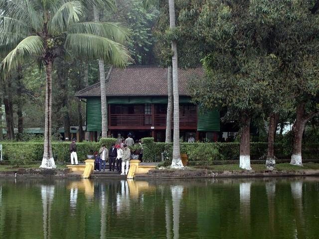 Phát huy giá trị Di chúc Bác Hồ tại Khu di tích Phủ Chủ tịch trong giai đoạn hiện nay - Ảnh 1.