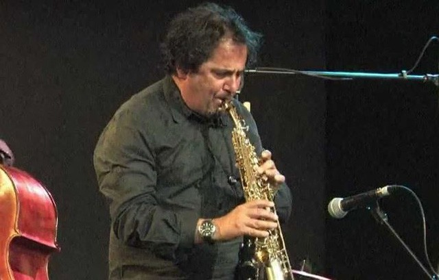 Nghệ sĩ Saxophone nổi tiếng người Ý trình diễn tại Việt Nam - Ảnh 1.