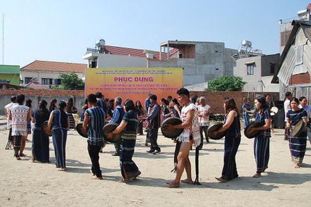 Bảo tồn giá trị truyền thống văn hóa các dân tộc bản địa Lâm Đồng - Ảnh 1.