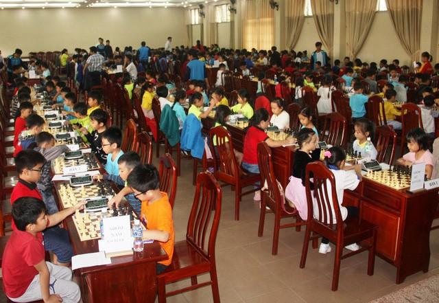 Cờ vua Bình Thuận tham gia giải miền Trung và Tây nguyên mở rộng 2019 - Ảnh 1.