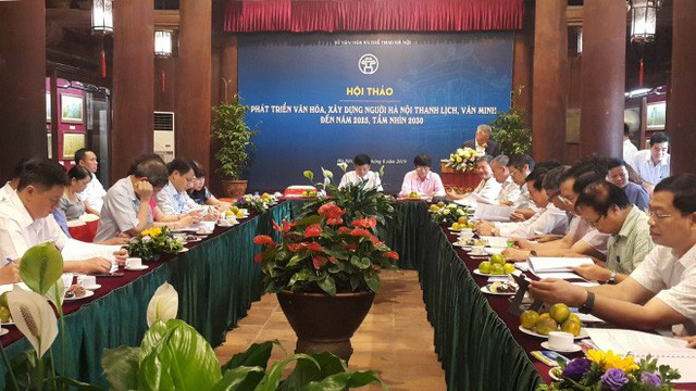 Phát triển văn hóa, xây dựng người Hà Nội thanh lịch, văn minh đến năm 2025, tầm nhìn 2030 - Ảnh 1.