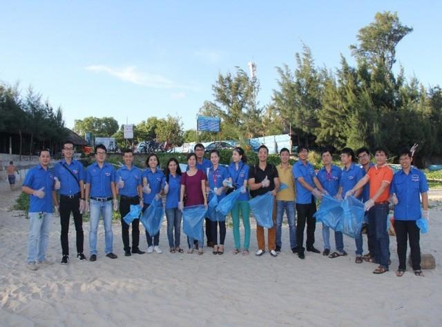 Phát động chiến dịch làm sạch biển Tử tế với đại dương - Ảnh 2.
