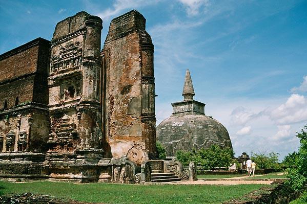 Tổng cục Du lịch thông tin về tình hình an ninh tại Sri Lanka - Ảnh 1.