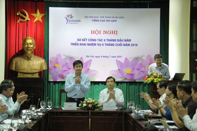 Tổng cục Du lịch: Lượng khách quốc tế đến Việt Nam vẫn duy trì tốc độ tăng trưởng trong những tháng đầu năm - Ảnh 1.