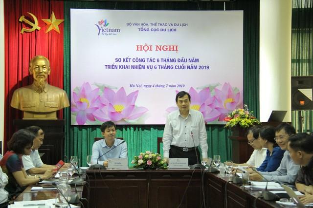 Tổng cục Du lịch: Lượng khách quốc tế đến Việt Nam vẫn duy trì tốc độ tăng trưởng trong những tháng đầu năm - Ảnh 2.