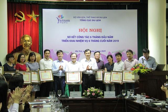 Tổng cục Du lịch: Lượng khách quốc tế đến Việt Nam vẫn duy trì tốc độ tăng trưởng trong những tháng đầu năm - Ảnh 3.