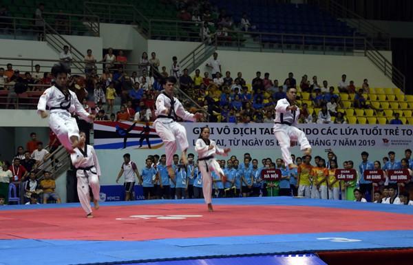 Trên 1.000 vận động viên tham dự Giải vô địch Taekwondo các lứa tuổi trẻ toàn quốc – CJ 2019 - Ảnh 1.