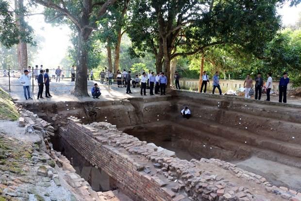 Nghiêm cấm hành vi tự ý đào bới, tìm kiếm di vật, cổ vật trong khu Di tích Văn hóa Óc Eo - Ảnh 1.