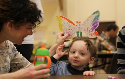 Hơn 1.300 cánh bướm của trẻ khuyết tật khắp thế giới trưng bày tại Hà Nội - Ảnh 3.