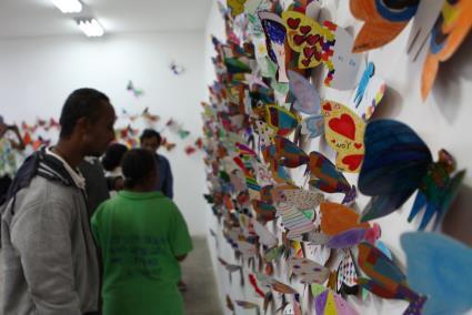 Hơn 1.300 cánh bướm của trẻ khuyết tật khắp thế giới trưng bày tại Hà Nội - Ảnh 4.