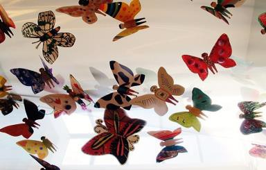 Hơn 1.300 cánh bướm của trẻ khuyết tật khắp thế giới trưng bày tại Hà Nội - Ảnh 5.