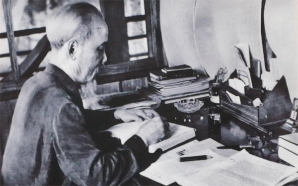Bối cảnh lịch sử ra đời Bản Di chúc của Chủ tịch Hồ Chí Minh - Ảnh 1.