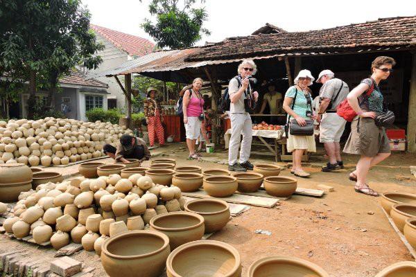Nghề gốm Thanh Hà trở thành Di sản văn hóa phi vật thể quốc gia - Ảnh 1.