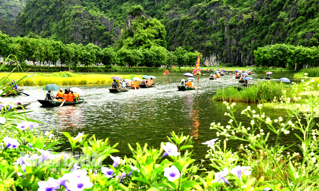 Đưa du lịch Ninh Bình trở thành ngành kinh tế mũi nhọn - Ảnh 2.