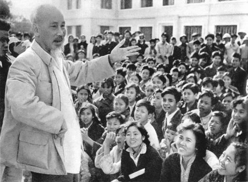Góp phần nâng cao hiệu quả công tác tuyên truyền giáo dục lý tưởng cách mạng, đạo đức, lối sống cho thế hệ trẻ theo tư tưởng Hồ Chí Minh trong giai đoạn hiện nay - Ảnh 1.