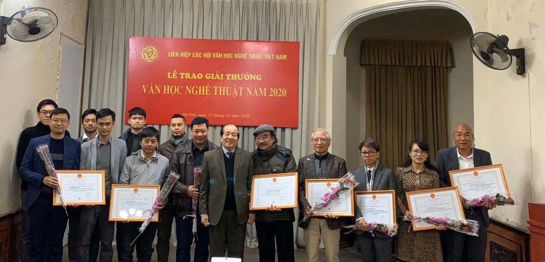 74 tác phẩm được Giải thưởng Văn học nghệ thuật năm 2020 - Ảnh 1.