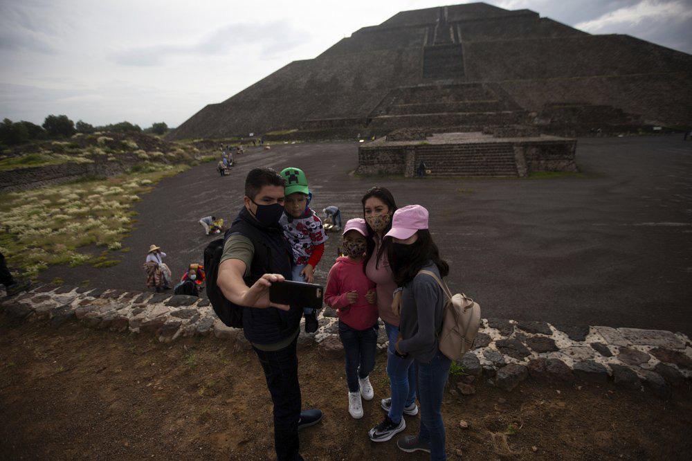 """Mexico mở cửa lại di tích """"thành phố của những vị thần"""" - Ảnh 2."""