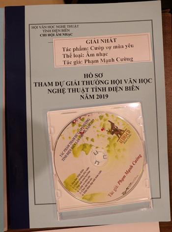 21 tác phẩm được trao Giải thưởng Văn học, Nghệ thuật tỉnh Điện Biên lần thứ III - Ảnh 7.