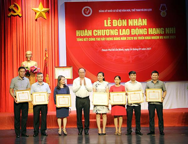 Đảng ủy khối cơ sở Bộ VHTTDL đón nhận Huân chương Lao động hạng Nhì - Ảnh 3.