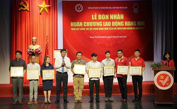 Đảng ủy khối cơ sở Bộ VHTTDL đón nhận Huân chương Lao động hạng Nhì - Ảnh 4.