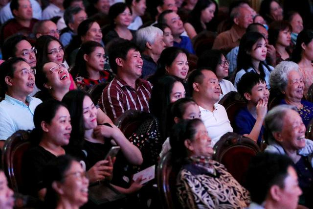 Sân khấu vượt khó thời COVID-19, sáng tạo để đến với khán giả - Ảnh 4.