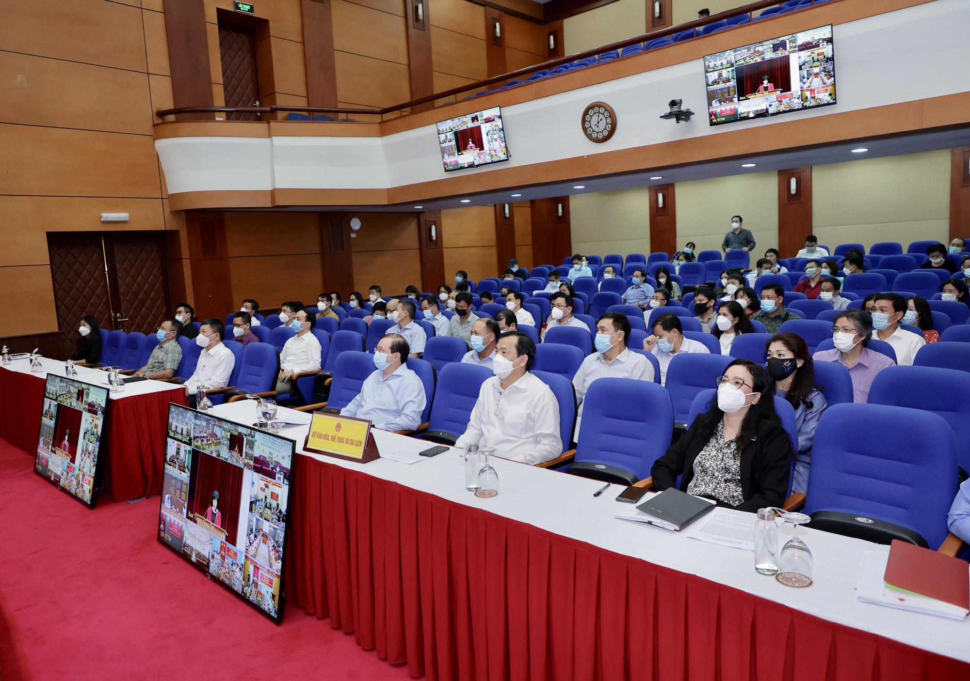 72 tổ chức Đảng trực thuộc Bộ VHTTDL tham gia Hội nghị thông báo kết quả Hội nghị lần thứ 4 BCH Trung ương Đảng khóa XIII  - Ảnh 2.