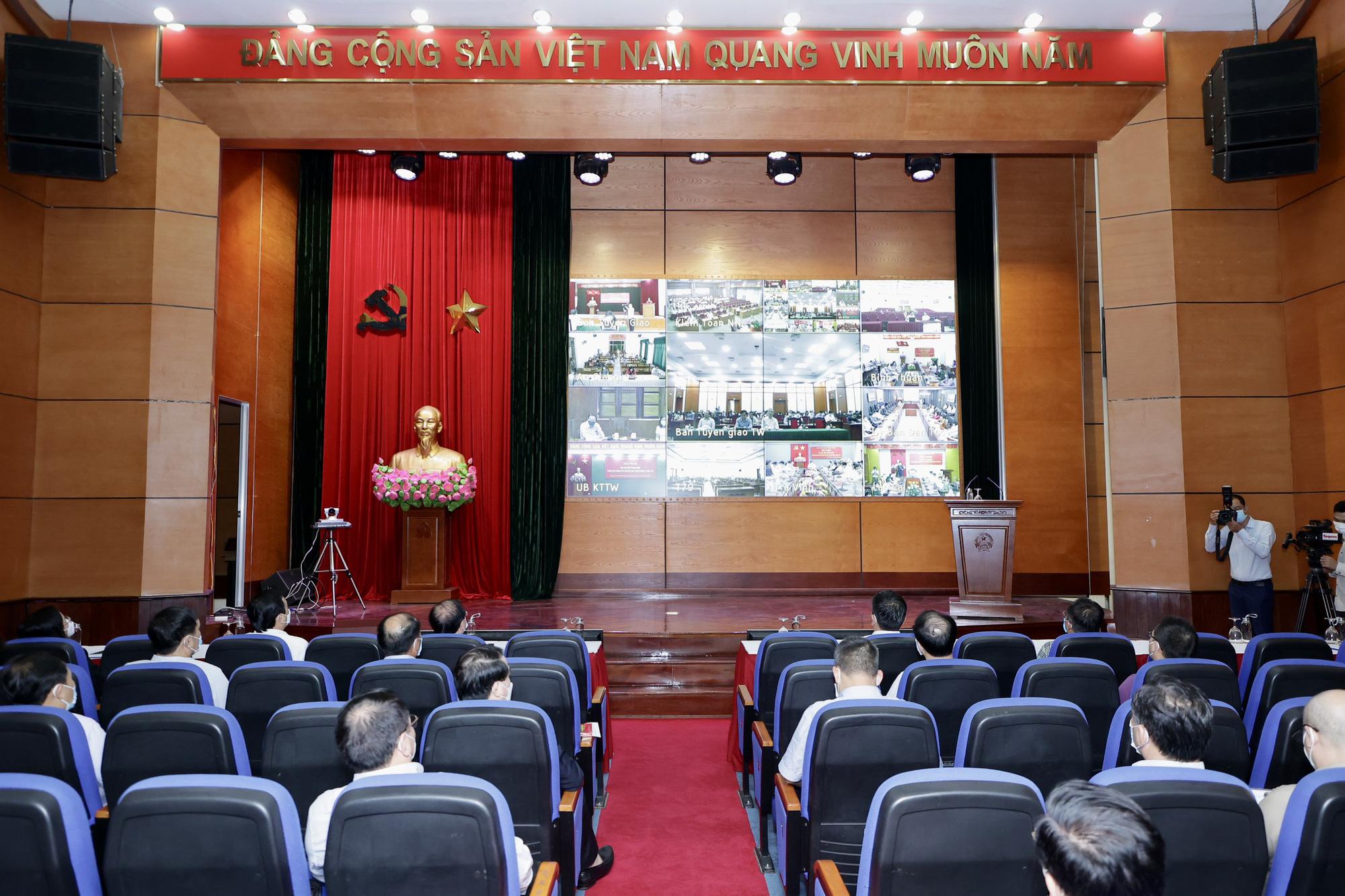 72 tổ chức Đảng trực thuộc Bộ VHTTDL tham gia Hội nghị thông báo kết quả Hội nghị lần thứ 4 BCH Trung ương Đảng khóa XIII  - Ảnh 3.