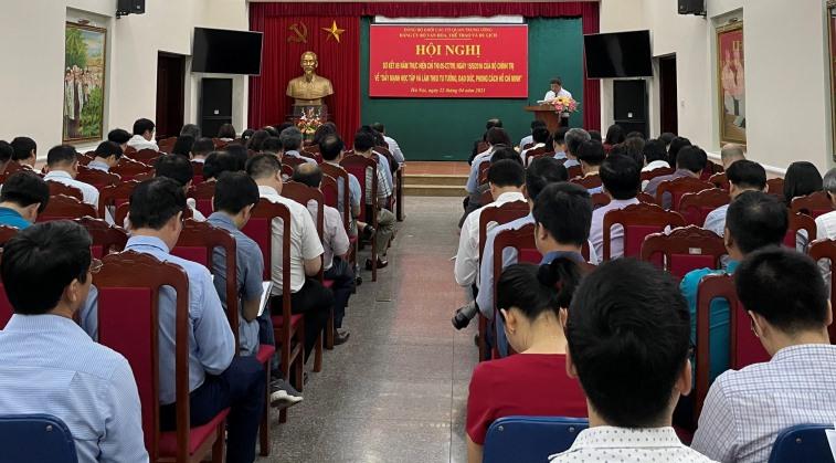 """Phải coi việc thực hiện """"Đẩy mạnh học tập và làm theo tư tưởng, đạo đức, phong cách Hồ Chí Minh"""" là công việc thường xuyên, phải làm suốt cuộc đời - Ảnh 3."""
