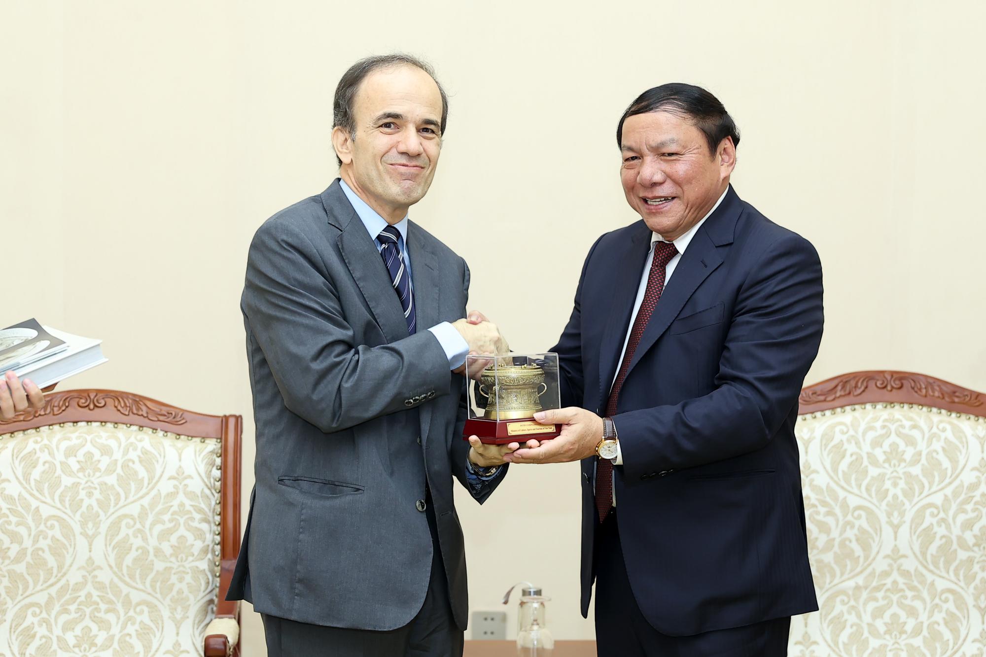 Việt Nam- Hy Lạp tăng cường hợp tác văn hóa, thể thao, du lịch - Ảnh 2.