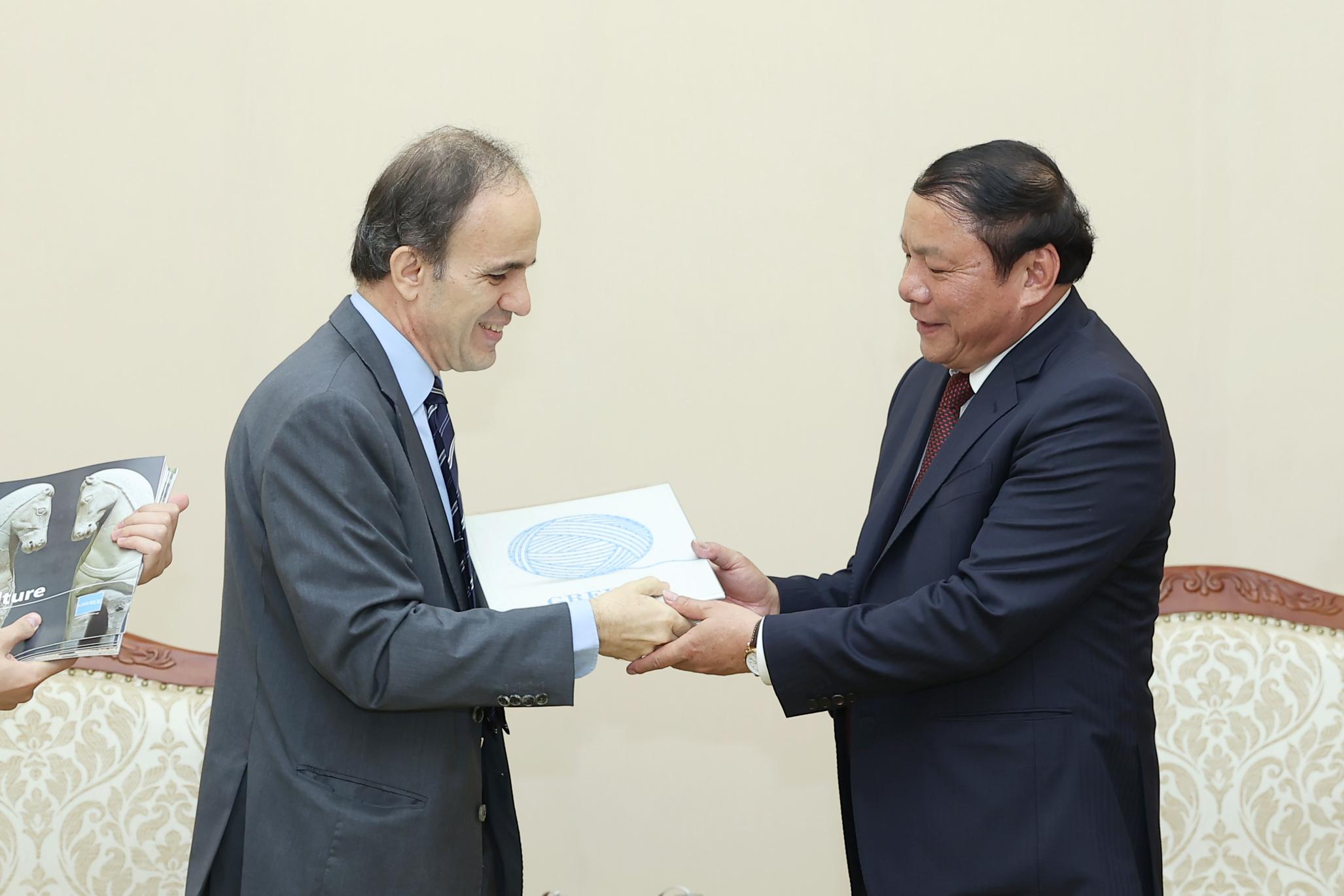 Việt Nam- Hy Lạp tăng cường hợp tác văn hóa, thể thao, du lịch - Ảnh 3.