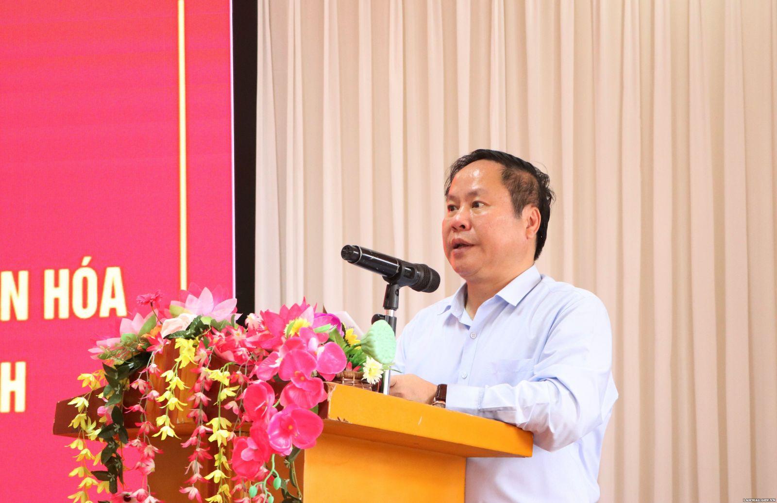 Tọa đàm về một số chính sách hỗ trợ bảo tồn, phát huy bản sắc văn hóa truyền thống tốt đẹp của các dân tộc và khuyến khích phát triển du lịch trên địa bàn tỉnh Lai Châu - Ảnh 4.