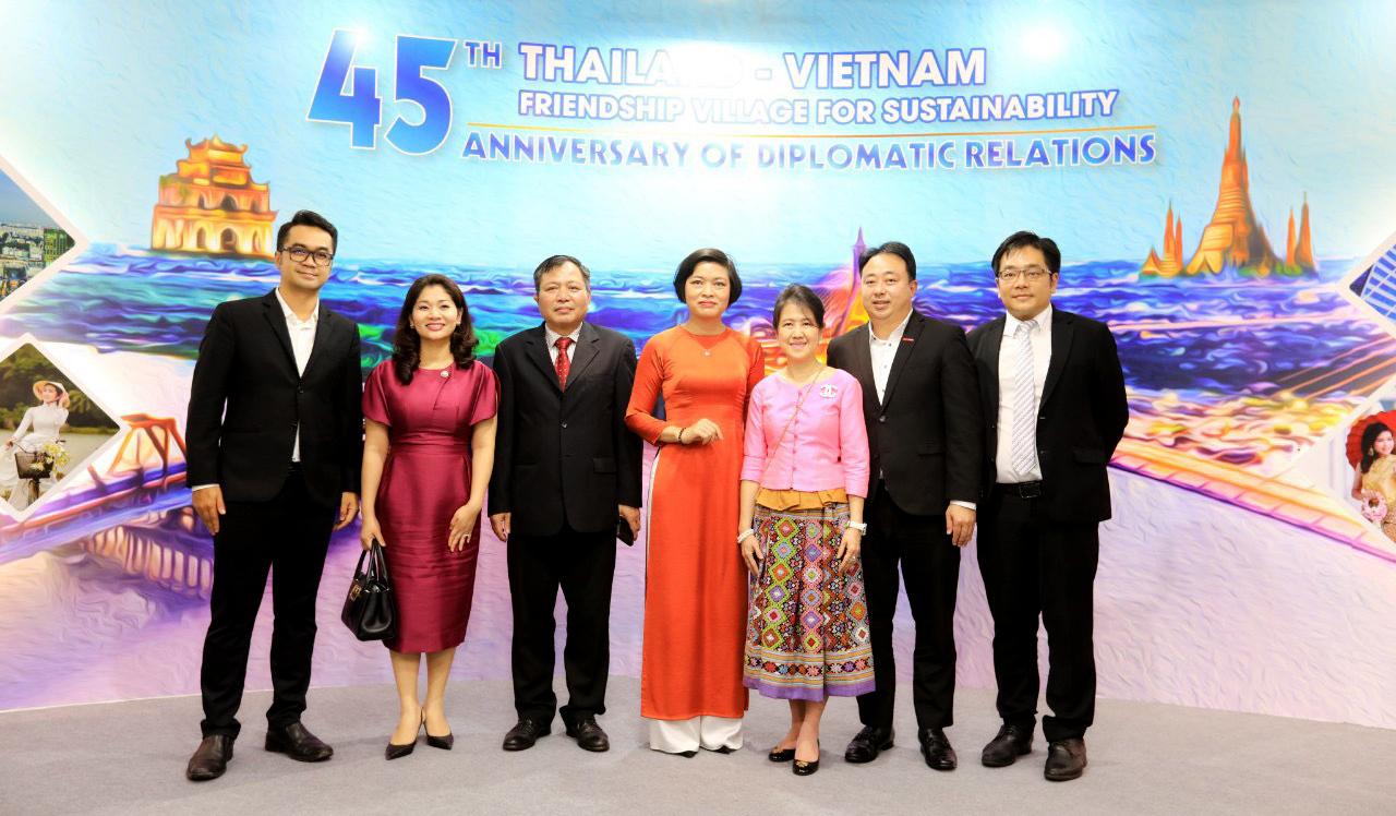 """Khai mạc sự kiện """"Làng Hữu Nghị Thái Lan – Việt Nam – Vì sự phát triển bền vững"""" - Ảnh 1."""