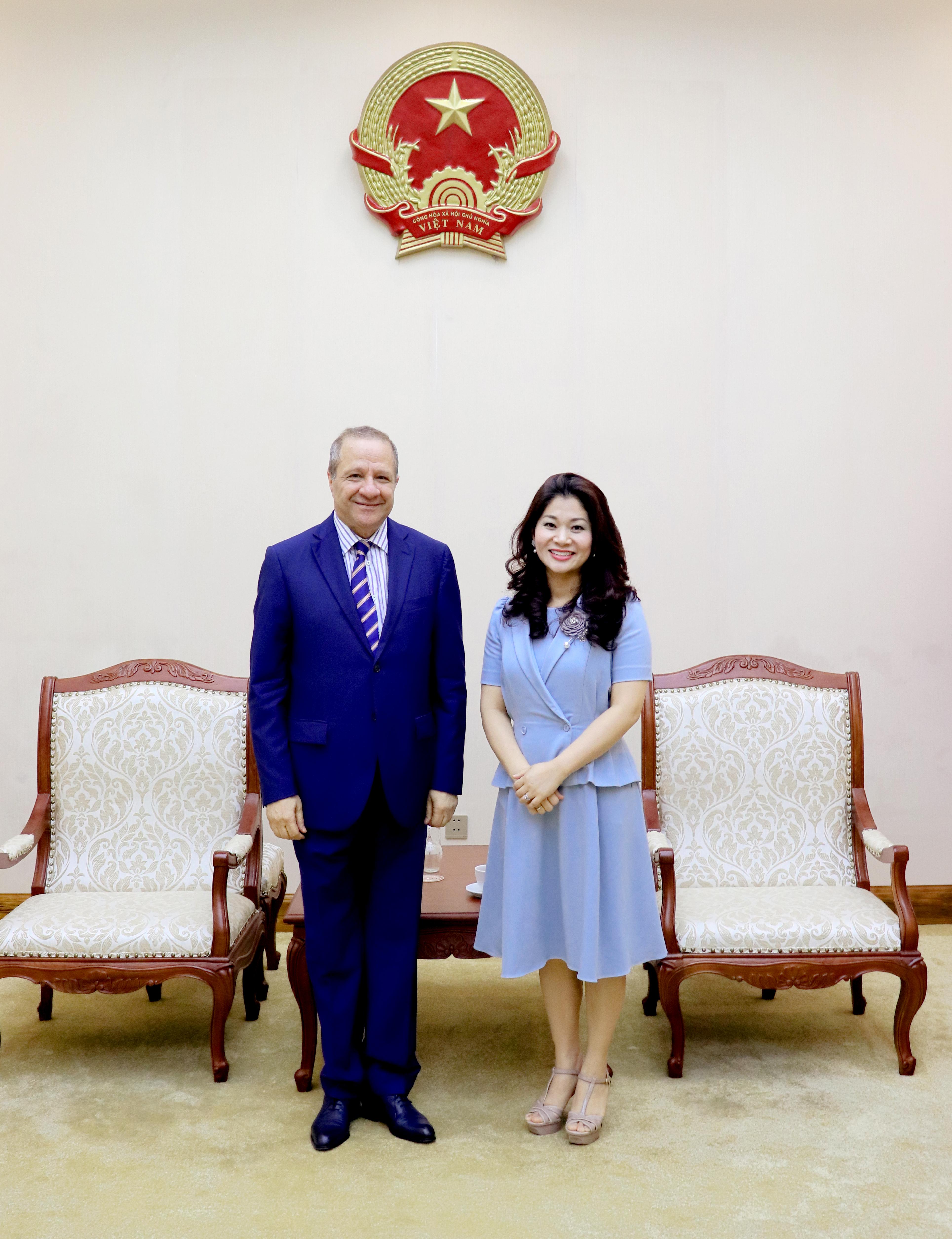 Cục trưởng Nguyễn Phương Hòa tiếp Đại sứ An-giê-ri tại Việt Nam - Ảnh 2.
