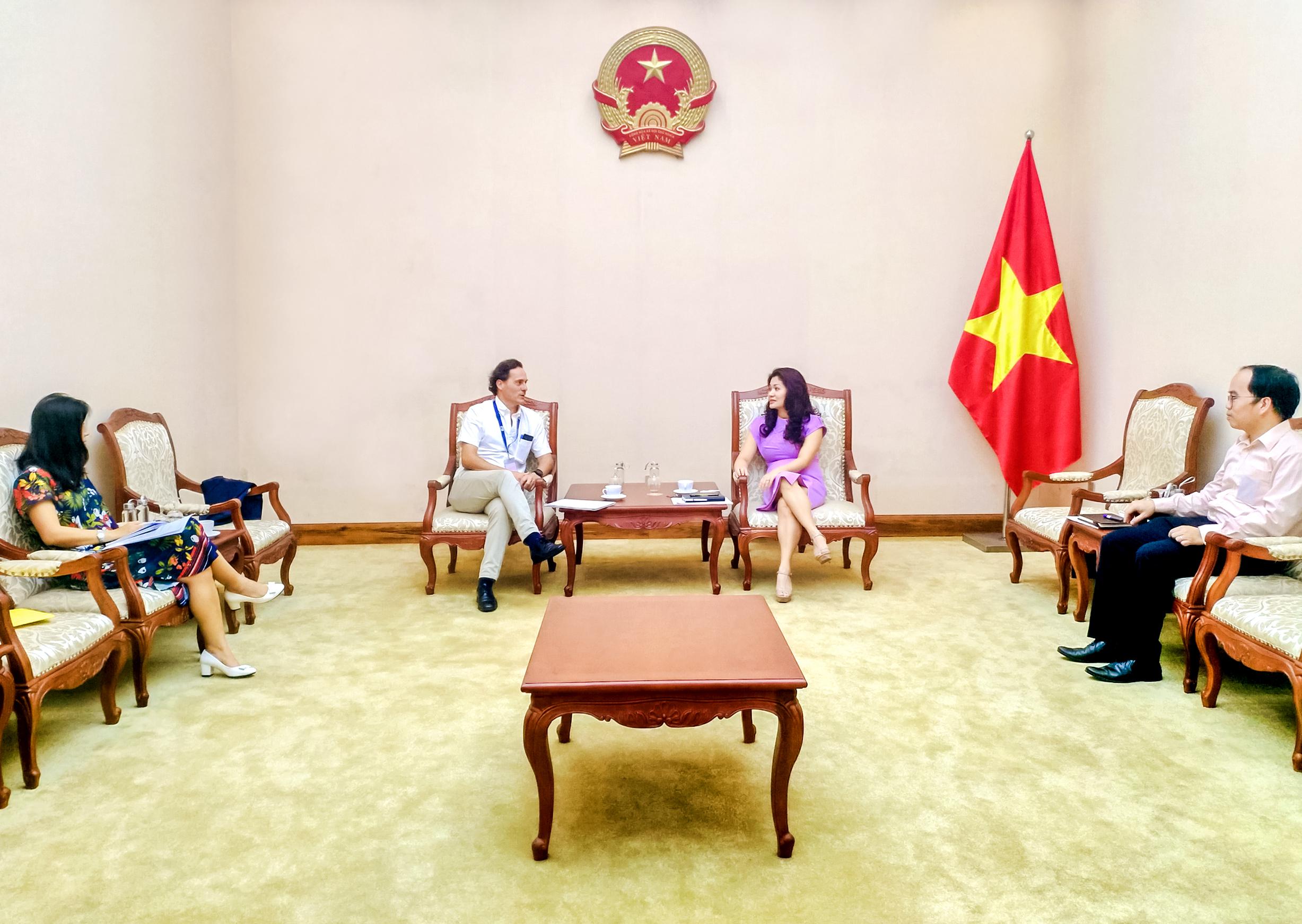Hợp tác Việt Nam-EU về văn hóa, thể thao và du lịch hướng tới phát triển bền vững, tăng trưởng bao trùm, bình đẳng giới, bảo vệ môi trưởng - Ảnh 1.