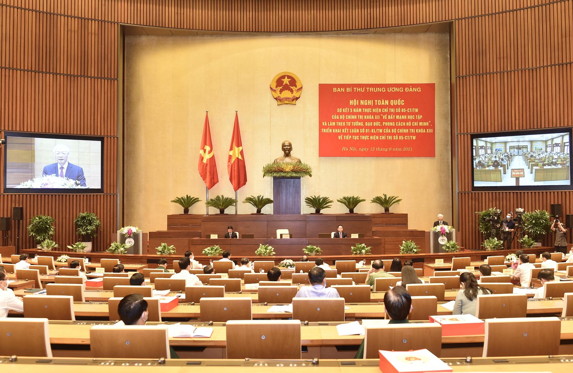 Tư tưởng, đạo đức, phong cách của Chủ tịch Hồ Chí Minh phải thực sự thấm sâu vào đời sống xã hội - Ảnh 3.