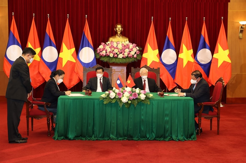 Thúc đẩy hợp tác văn hóa nghệ thuật và du lịch giữa Việt Nam và Lào - Ảnh 1.